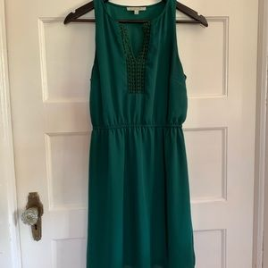 41 Hawthorn Emerald Green Midi Dress